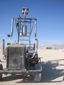 Robot Car (CC BY 2.0, Smoobs)